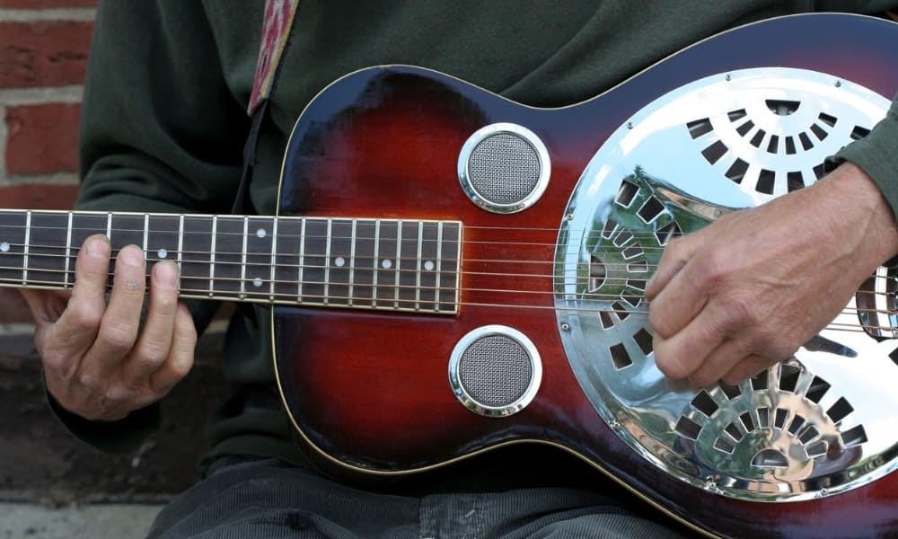 playing a Beard Guitar